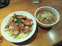「チャーシューつけ麺(紐皮・大盛り・あつもり)」@中華そば すずらんの写真