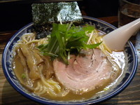 「濃厚魚出汁ラーメン700円」@らーめん嗟哉の写真