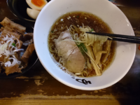 「淡麗煮干ラーメン(+チャーシュー丼)」@ラーメン専門店ゆうひ屋の写真