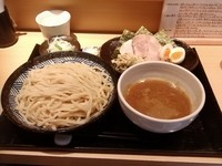 「特製つけ麺中盛+濃厚杏仁豆腐」@つけ麺 道の写真