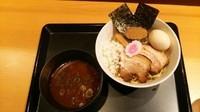 「黒武将(あつもり)」@つけ麺与六BUSHI道 IKE 麺 KITCHEN店の写真