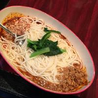 「汁なし坦々麺」@中国家庭料理 楊 池袋店の写真