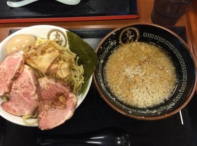 「特製背脂煮干しつけ麺 1000円」@丸め 田無ファミリーランド店の写真