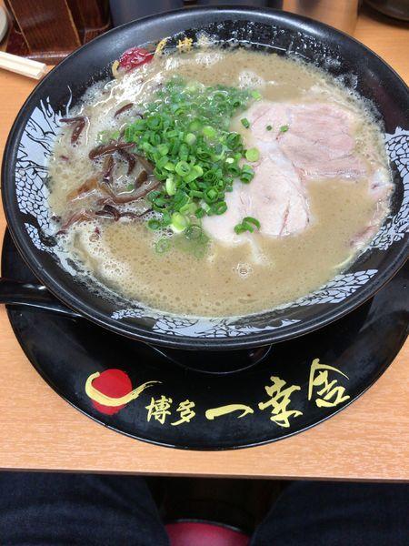 「ラーメン(700円)」@博多一幸舎 総本店の写真