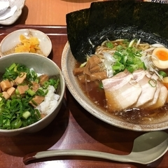 越後秘蔵麺 無尽蔵 昭和家の写真