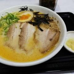 中華そば 鶏革命 八幡総本店の写真