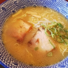 三八製麺所はじめ 徳島駅前店の写真