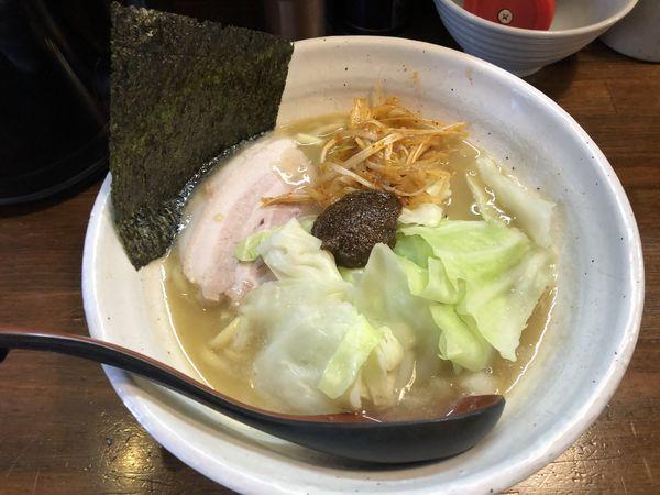 「熟成練り醤油らーめん700円」@『   』(無銘)の写真