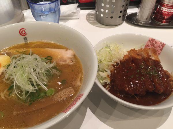 「たくみラーメン デミカツ丼 セット」@麺屋 たくみの写真