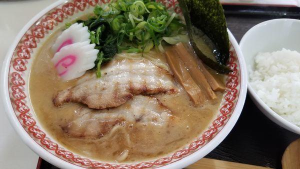 「濃厚魚介拉麺 得盛り」@麺肴ひづき あさのやの写真