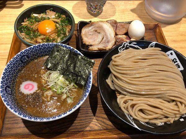 「つけ麺並 特選全部トッピング」@中華蕎麦 とみ田の写真