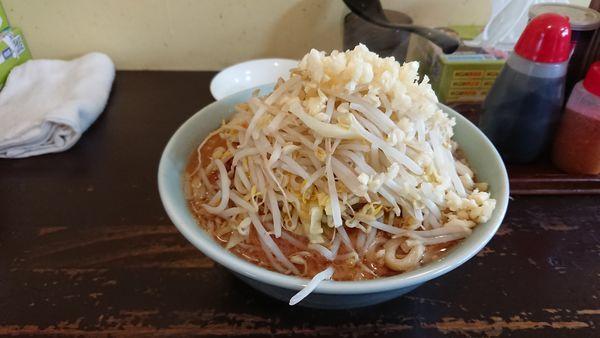 「ラーメン大 ニンニクマシ 生卵」@めんじろの写真